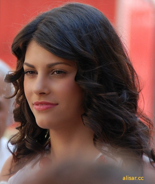 Alisar Ailabouni 01 in