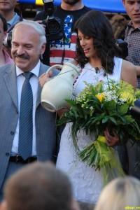 Alisar Ailabouni 3091-200x300 in