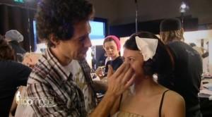 Alisar Ailabouni bei GNTM Folge 2 mit Boris Entrup